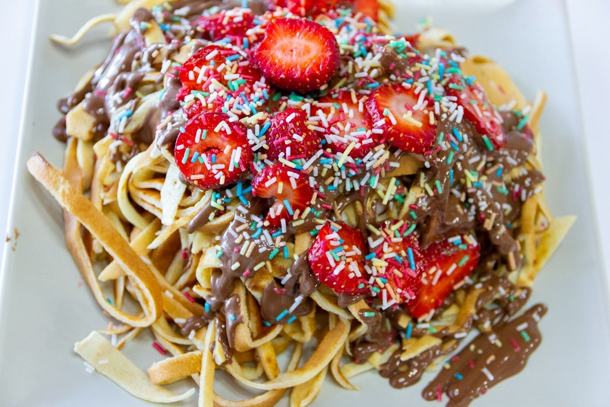 piazza-di-ritrovo-franchise-choco-spaghetti1